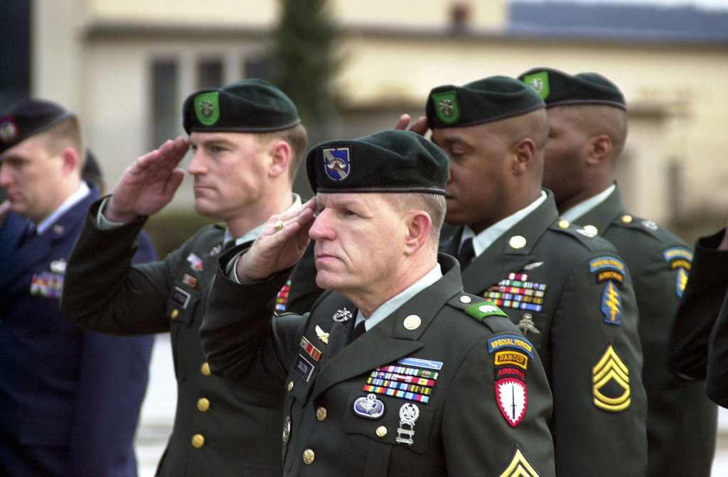 1280px-US_Army_Green_Berets_DF-SD-02-02957