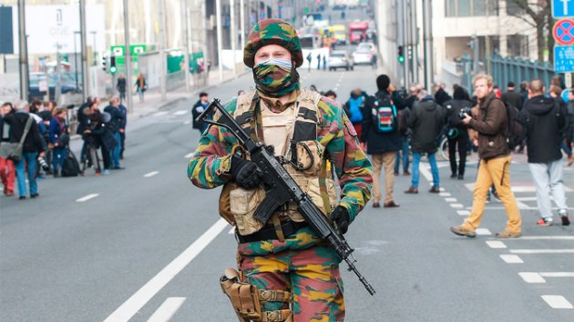 Mandatory Credit: Photo by Isopix/REX/Shutterstock (5617790cb) Solider in area near Maelbeek explosion Explosions in Brussels, Belgium - 22 Mar 2016