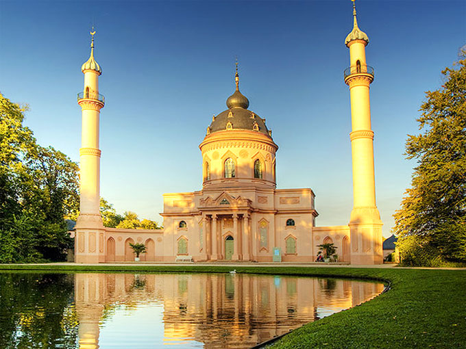 turkish-style-schwetzingen-mosque-in-germany