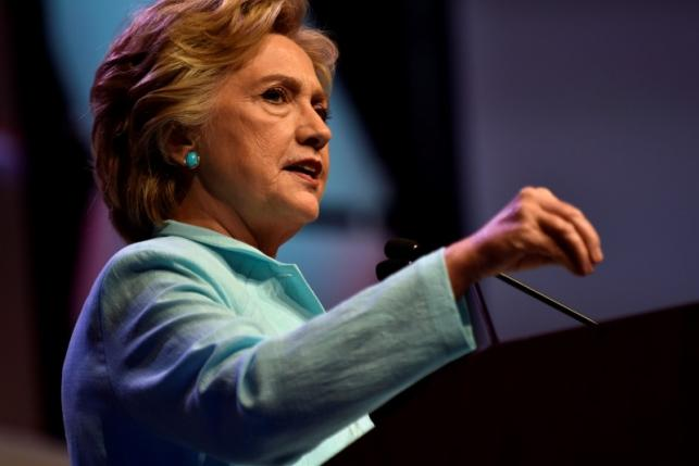 U.S. Democratic presidential candidate Hillary Clinton addresses a joint gathering of the National Association of Black Journalists and the National Association of Hispanic Journalists in Washington August 5, 2016. REUTERS/James Lawler Duggan